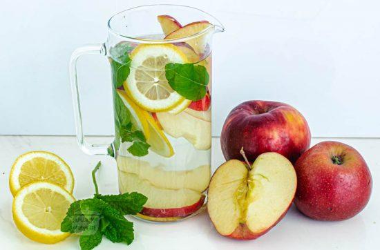 eau texte pomme citron menthe